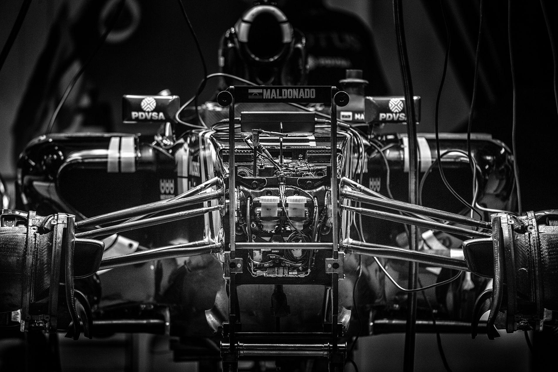 Hivatalos: szándéknyilatkozatot írt alá a Renault és a Lotus a csapat átvételéről!