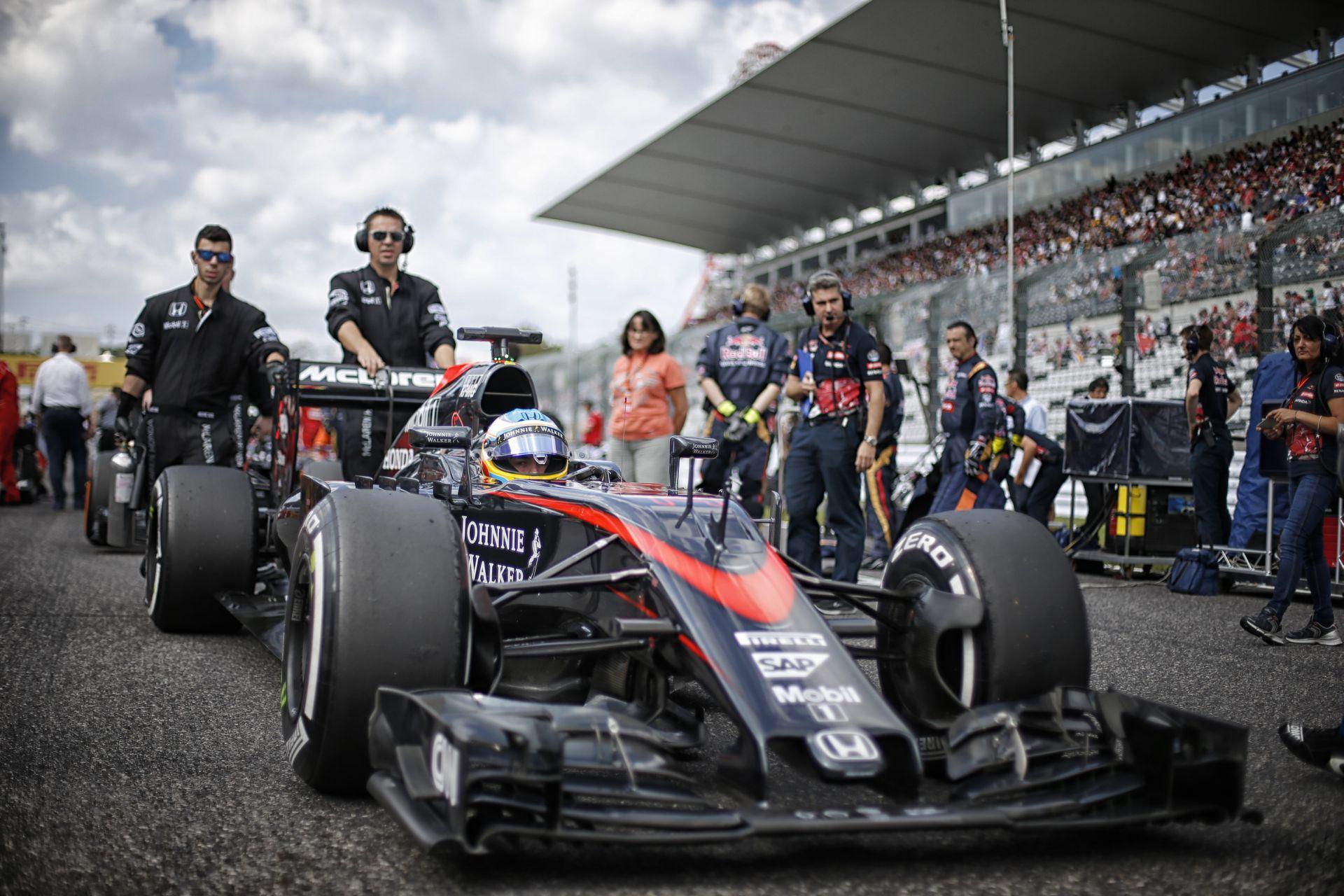 Stop-and-go: Alonso gondoskodott arról, hogy soha felejtsük el a rettentően unalmas 2015-ös Japán Nagydíjat