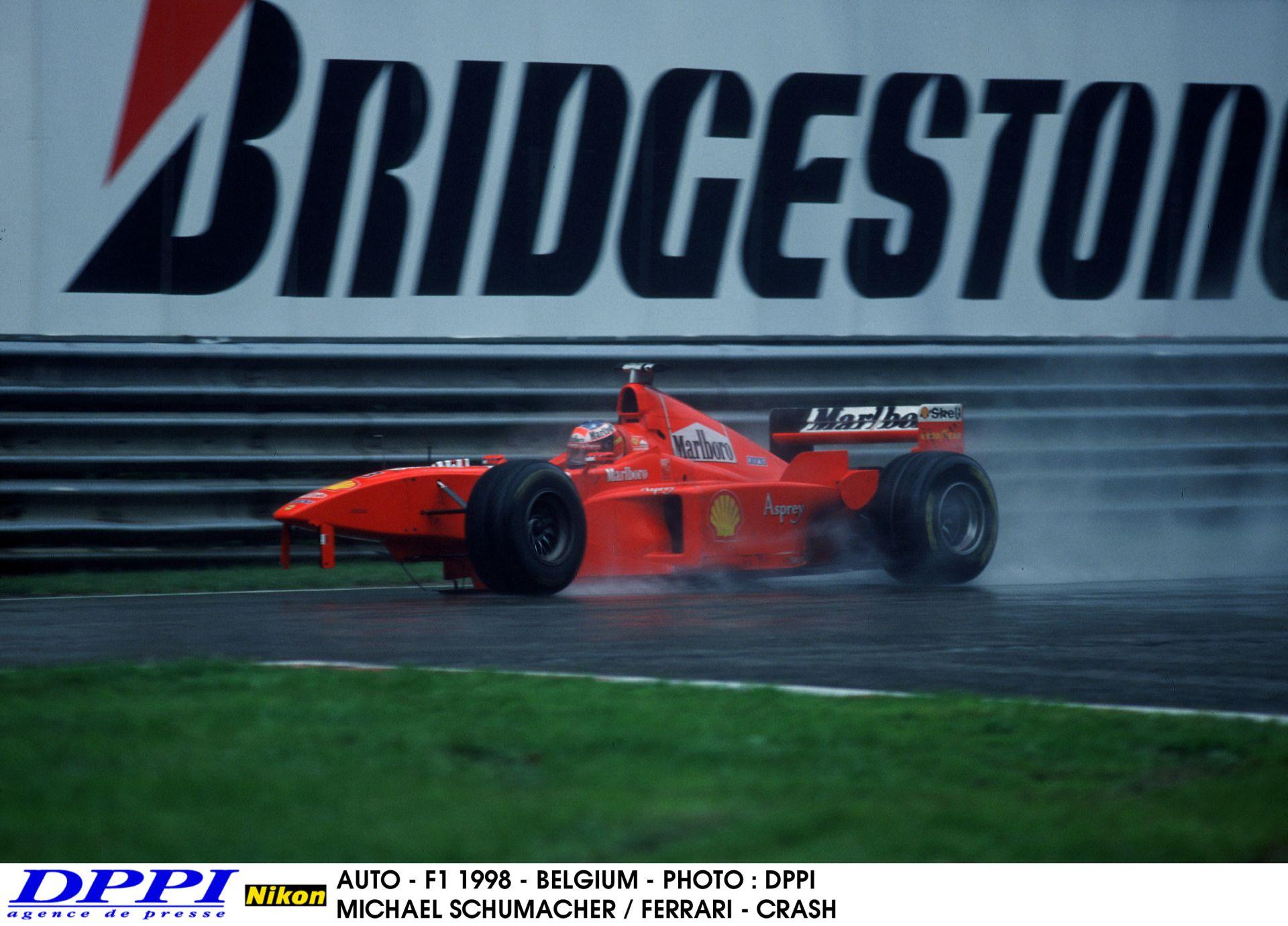 """""""Schumacher megy Coulthardhoz, Schumacher megy Coulthardhoz, szerintem izgatott!"""" - Palik László"""
