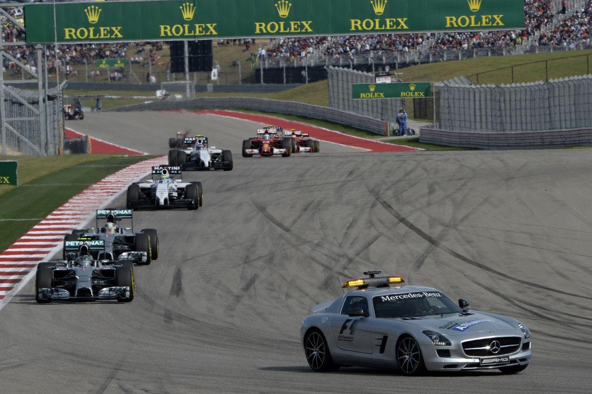 Jövőre változhat a biztonsági autós fázis: a lekörözött versenyzők simán visszacsúsznak hátra?