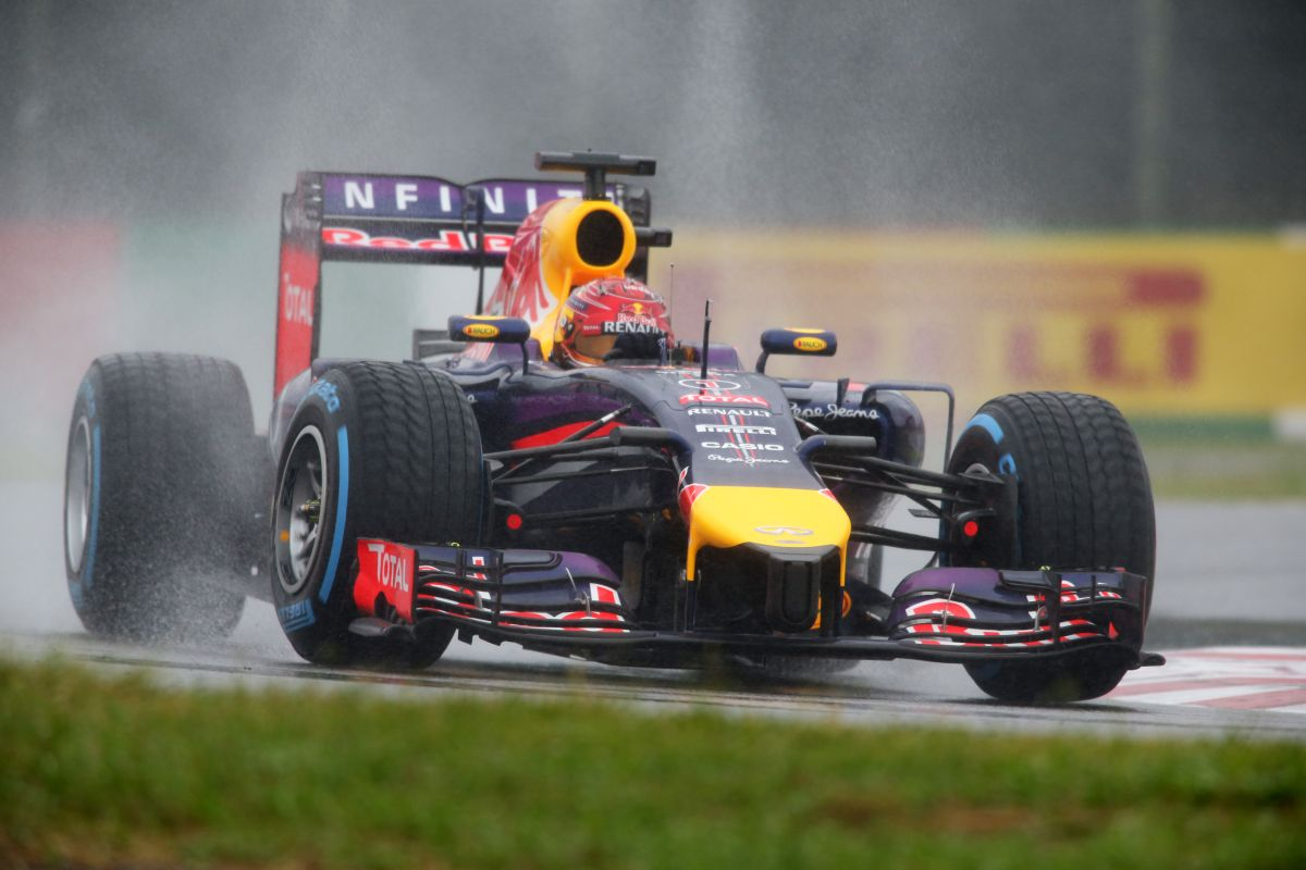 Vettel nagyon szerencsétlen körülményekről beszél: Bianchi tudta, hogy eldobhatja az autót ott