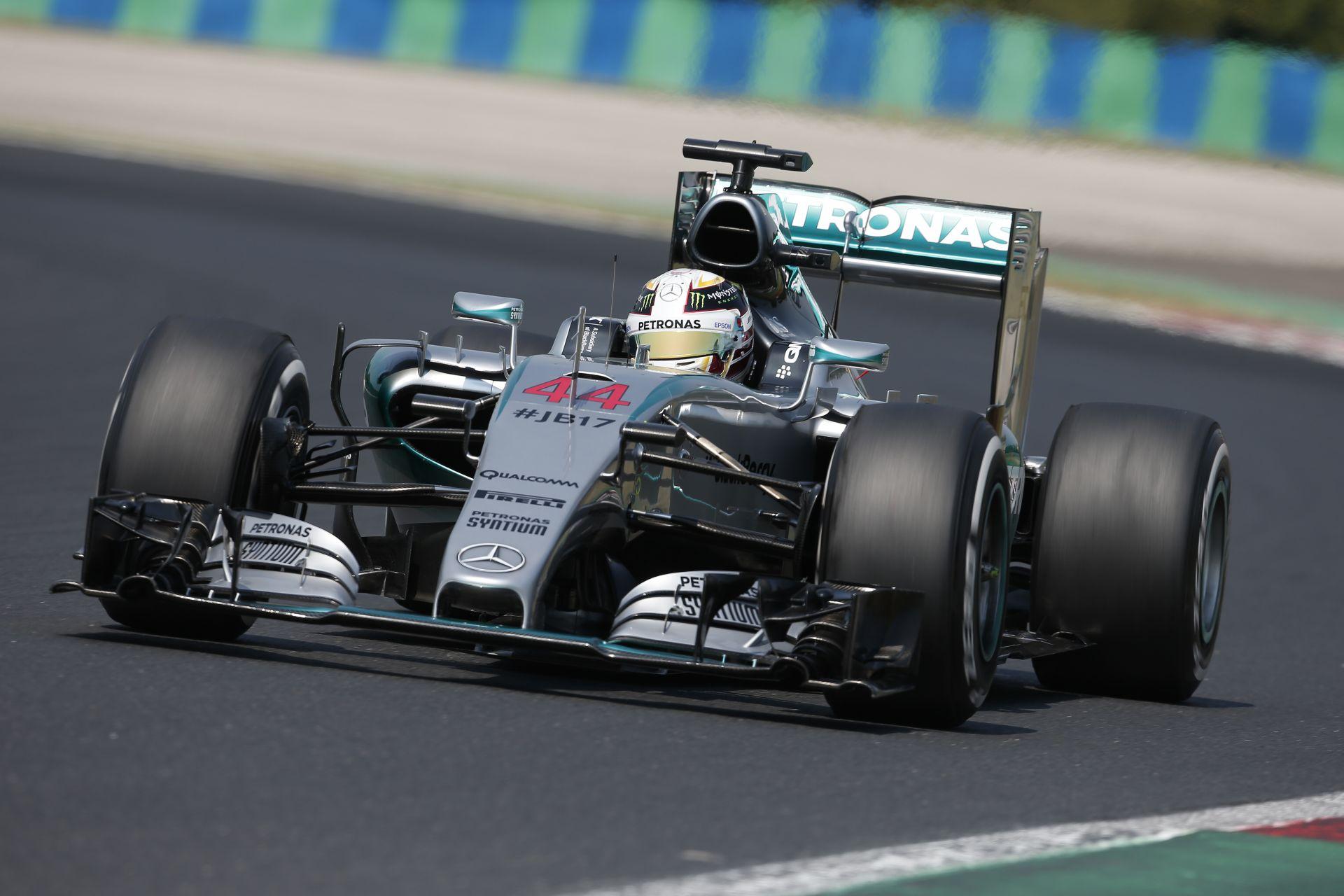 Mercedes: Ez a normál versenyzés! Gratulálunk a Ferrarinak, megérdemelték a győzelmet!
