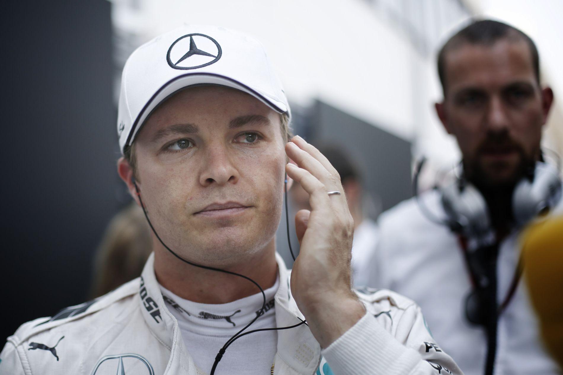 Rosberg beröffenti a dugattyúkat: mi történt az időmérőkkel?!