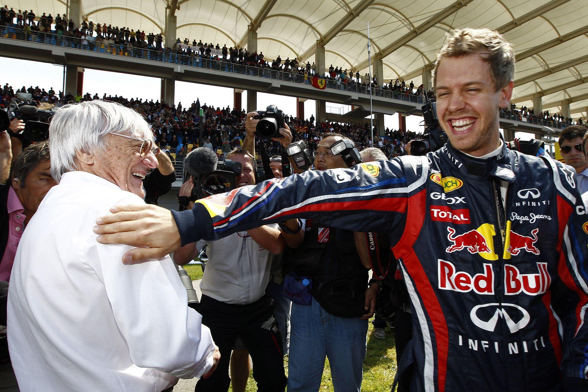 Sebastian Vettel egy vállrándítással elintézte Mr. E kritikáját