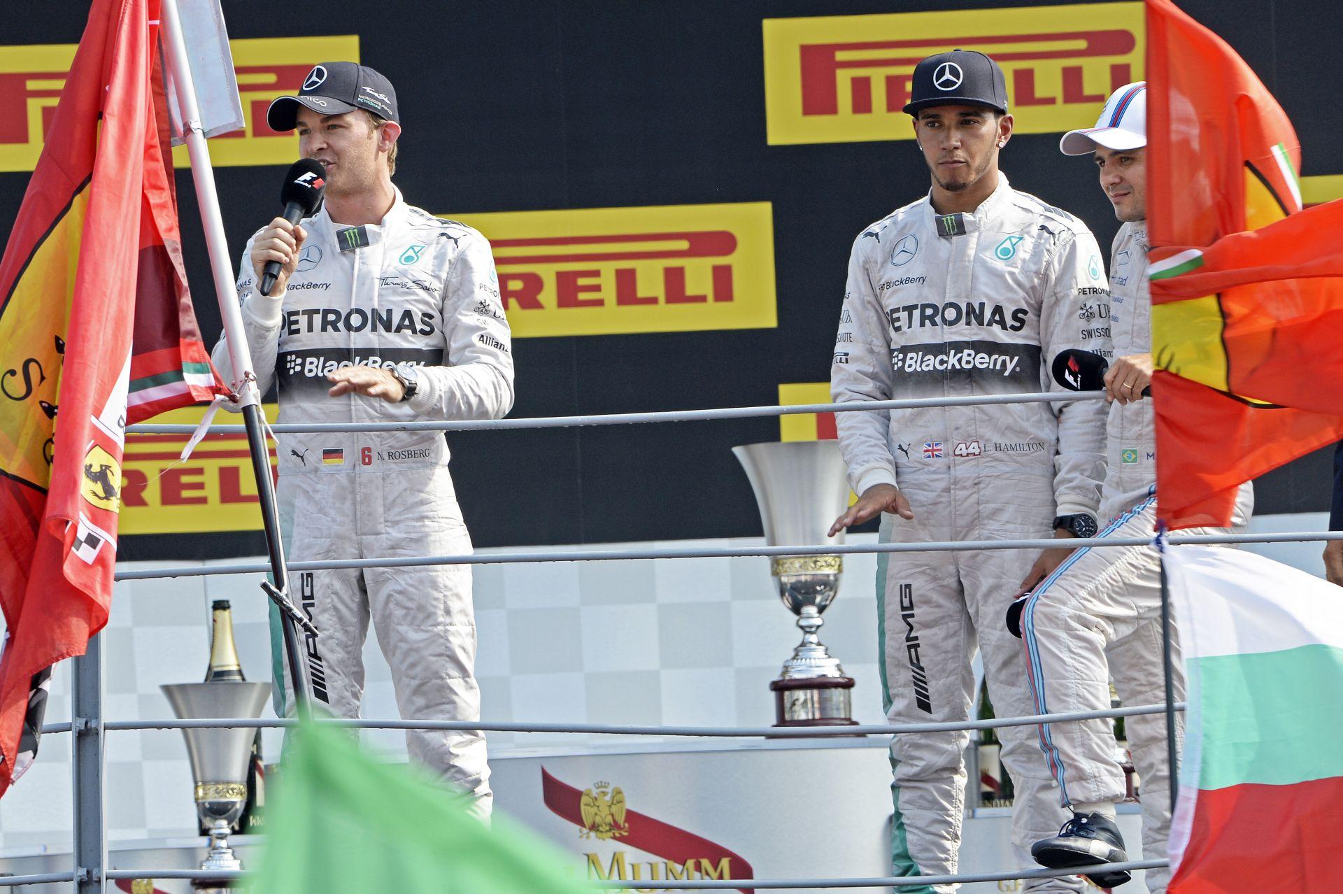 Csak idő kérdése, hogy Hamilton és Rosberg mikor esik egymásnak a Mercedesnél? Utcai harc!