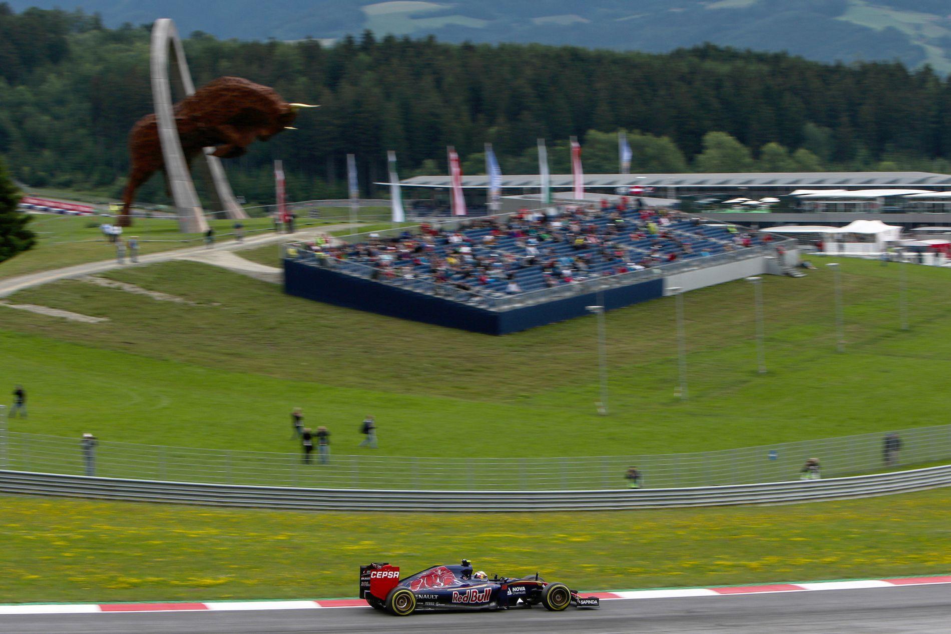 100 ezerrel kevesebben voltak az Osztrák GP-n: Lauda szerint ez normális