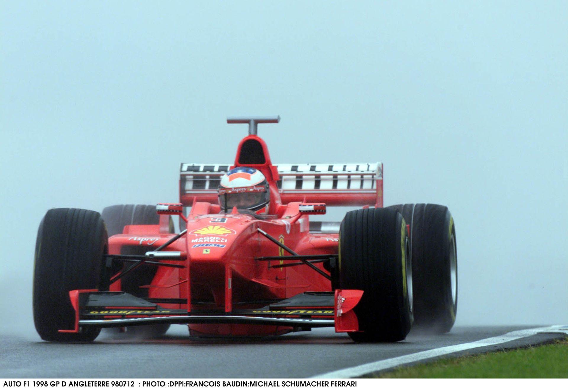 Schumacher és Hakkinen drámai csatája a nagyon esős Brit Nagydíjon: 1998, Silverstone