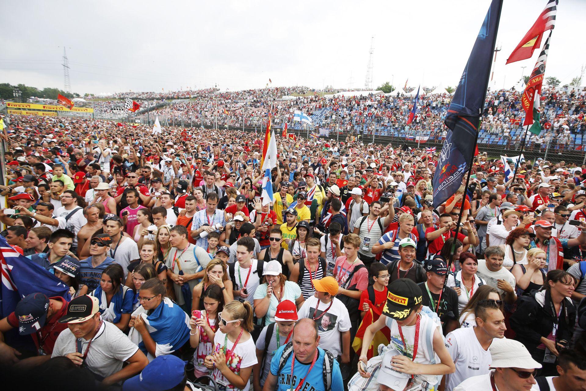 Gondok lehetnek a naptárral a Forma-1-ben : A Hungaroring érinthetetlen, Monza alatt rezeg a léc