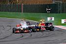 Vettel egyik legamatőrebb mozdulata: Telibe vágta Buttont Spa-ban