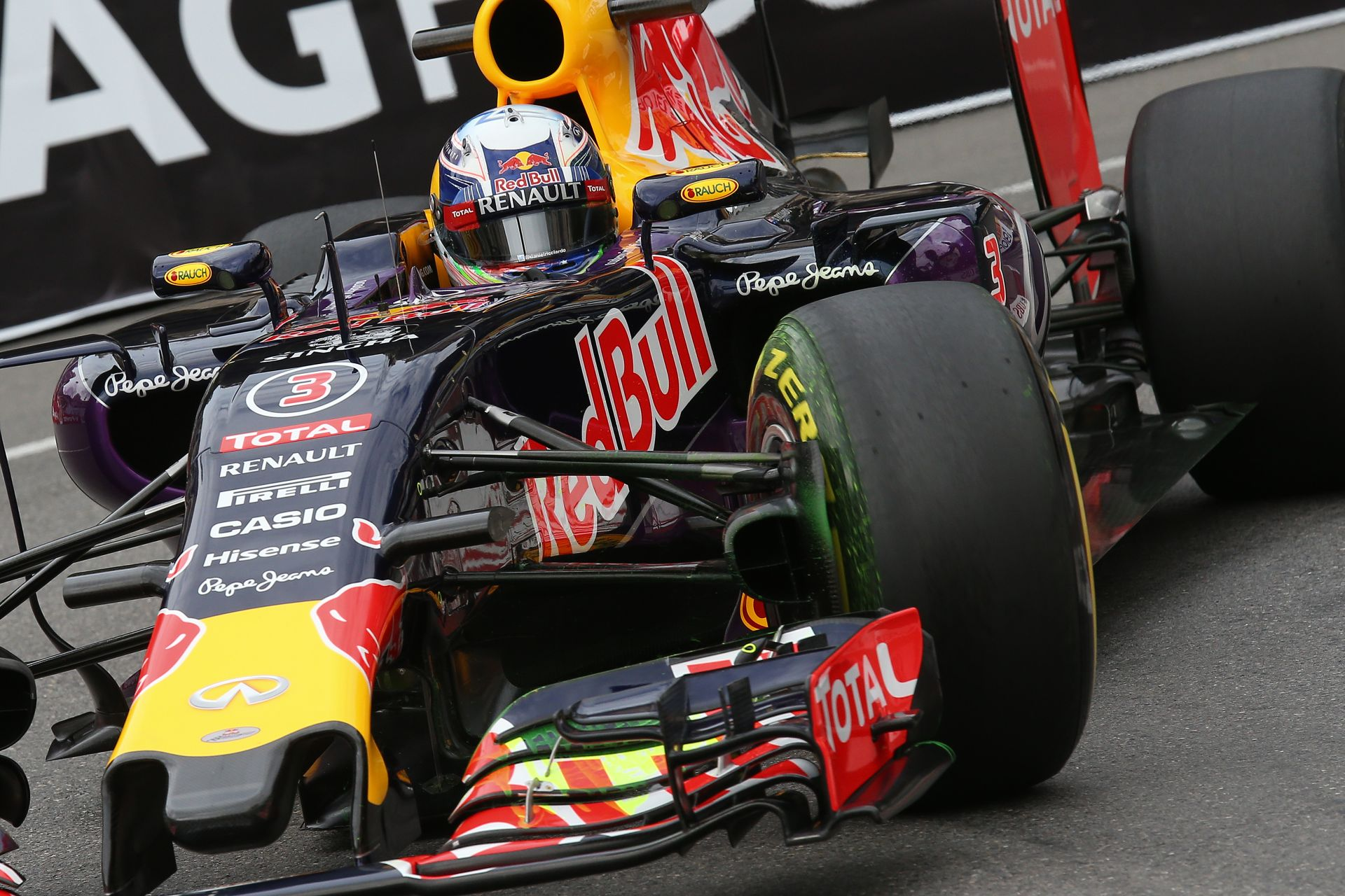 Daniel Ricciardo fedélzeti kamerás felvétele Monacóból