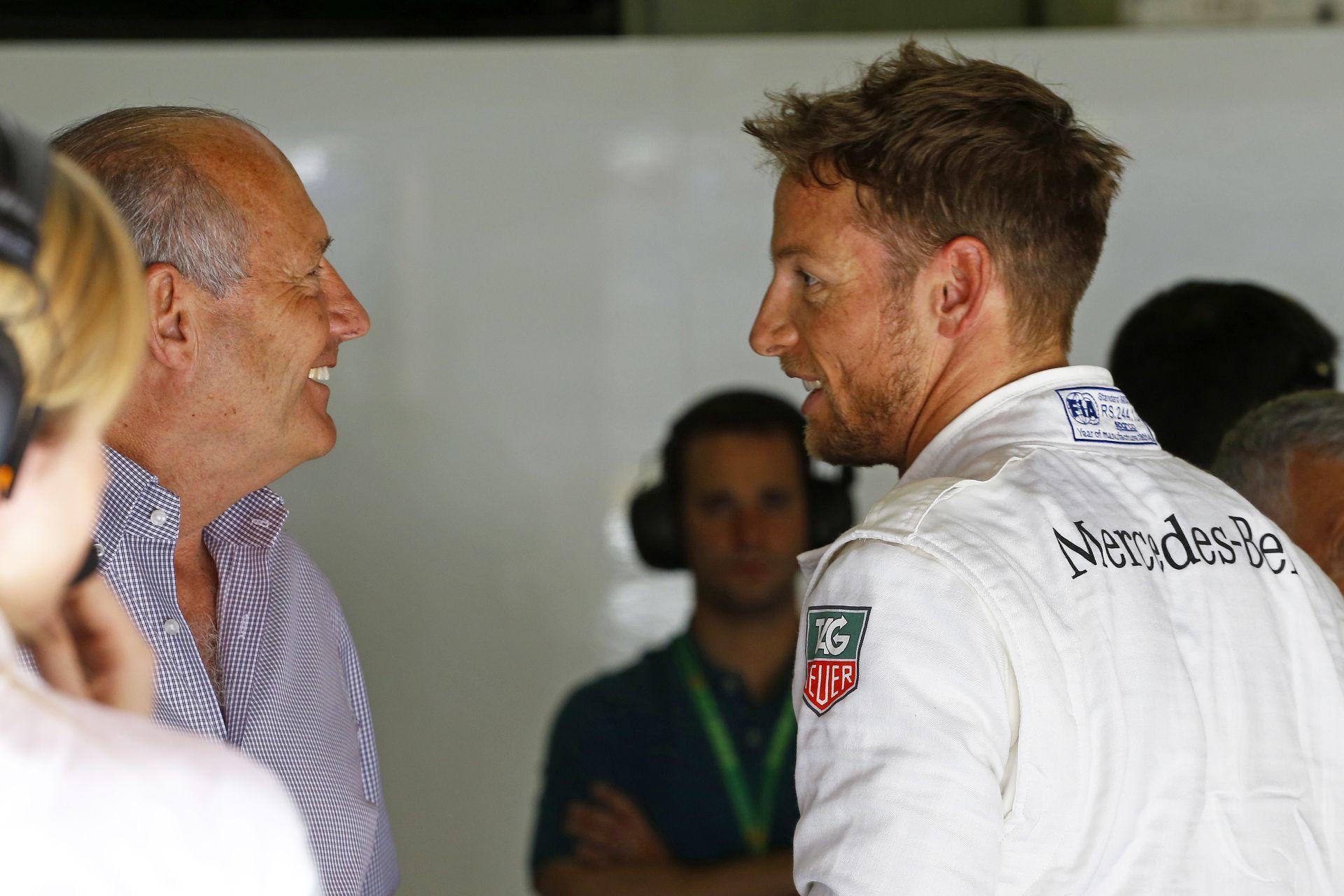 Dennis már közölte Buttonnal, hogy nem maradhat a McLarennél! A csapat mindent tagad (frissítve)