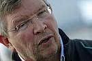 Már 10 millió euróval csábítja a Ferrari Ross Brawnt Maranellóba?