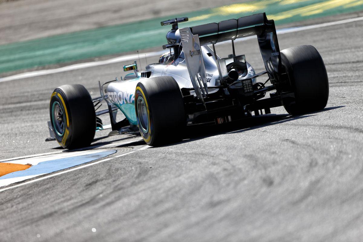 """Érdekes: a McLaren is tudta, hogy a Mercedes """"extrém"""" FRIC-kel rendelkezett, de nem köpött"""