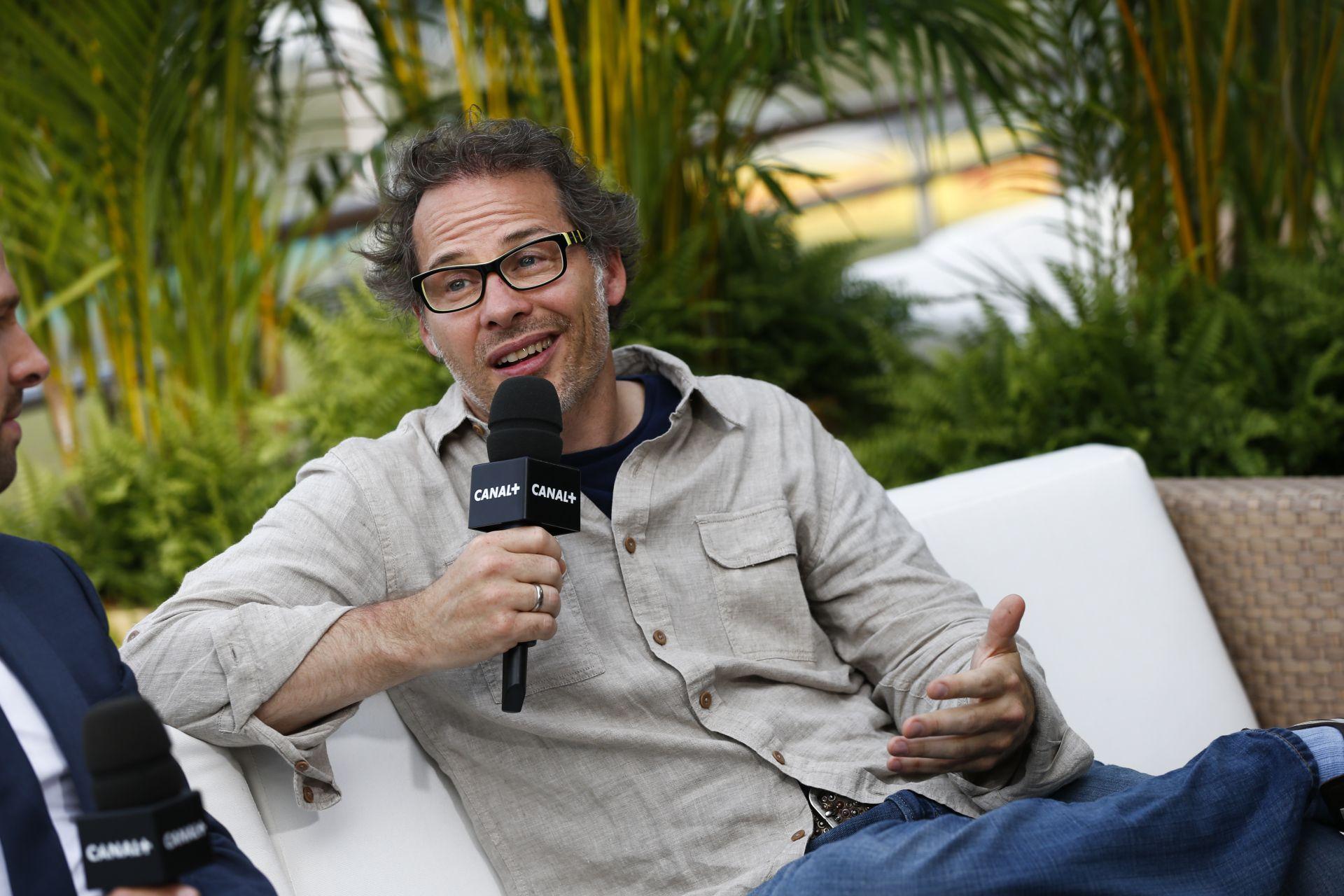 Villeneuve: Kimi végre beszél a rádión!