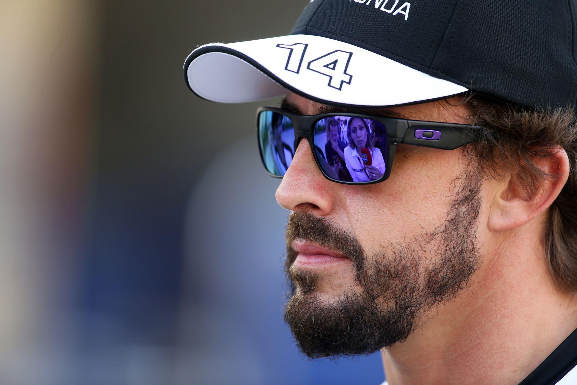 Villeneuve: Alonso karrierjének valószínűleg vége, és már soha nem lesz újra bajnok!