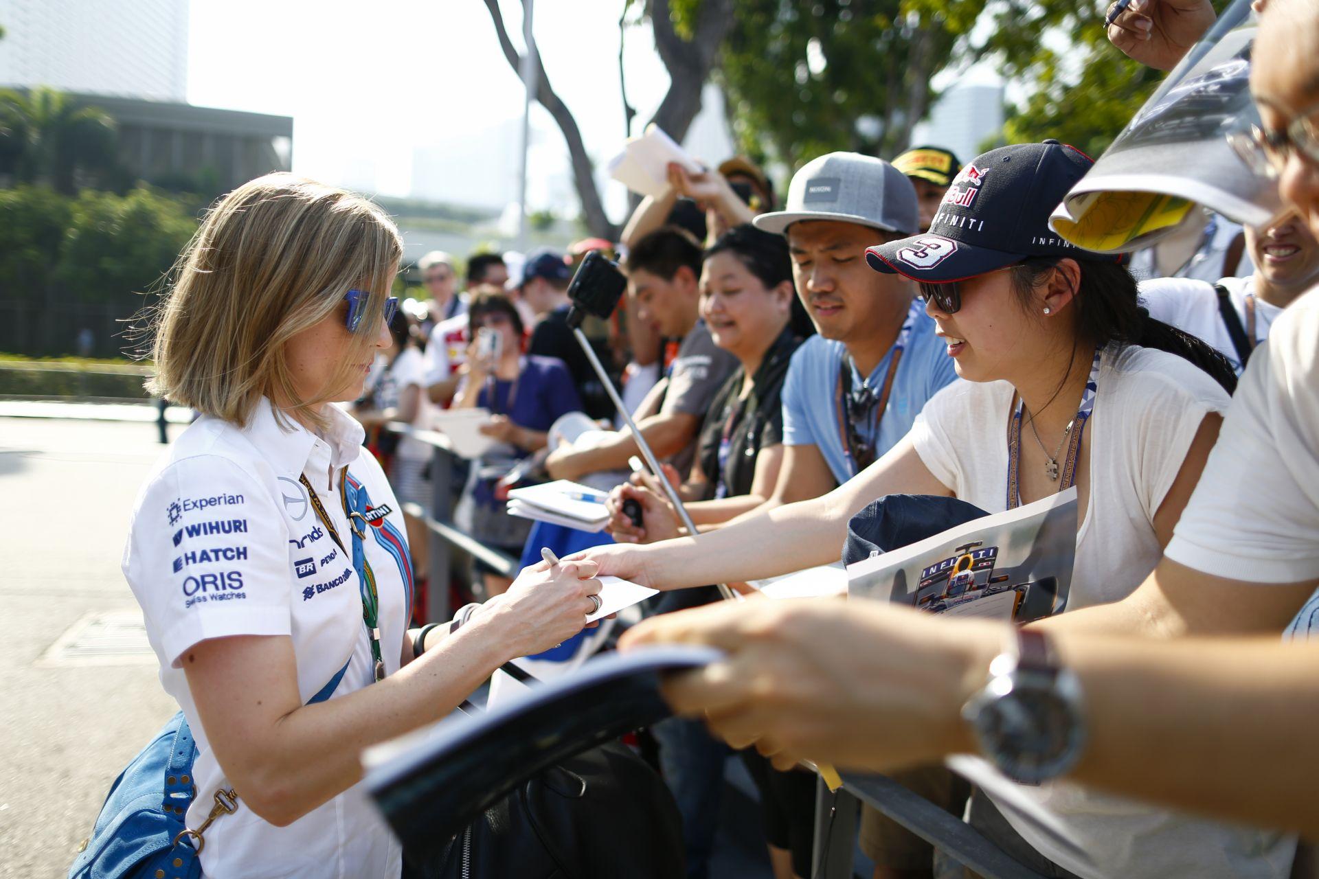Felipe Nasr szerint Susie Wolffot versenyen is bevethetné a Williams