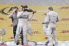 Hakkinen tanácsa a Mercedes versenyzőinek: a pályán 'beszéljenek', ne azon kívül