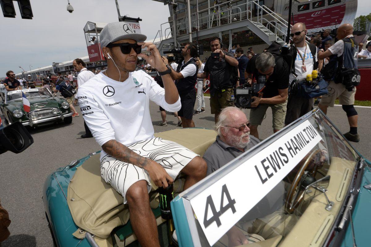 Hamilton teljesen rendben van fejben, nem kell mentorálnia Laudának