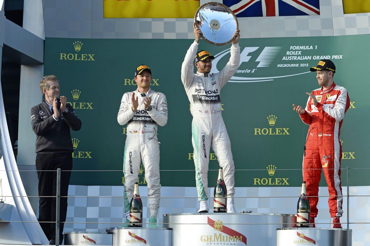 Vettel és Rosberg oda-vissza osztotta egymást Ausztráliában: kemény menet volt!