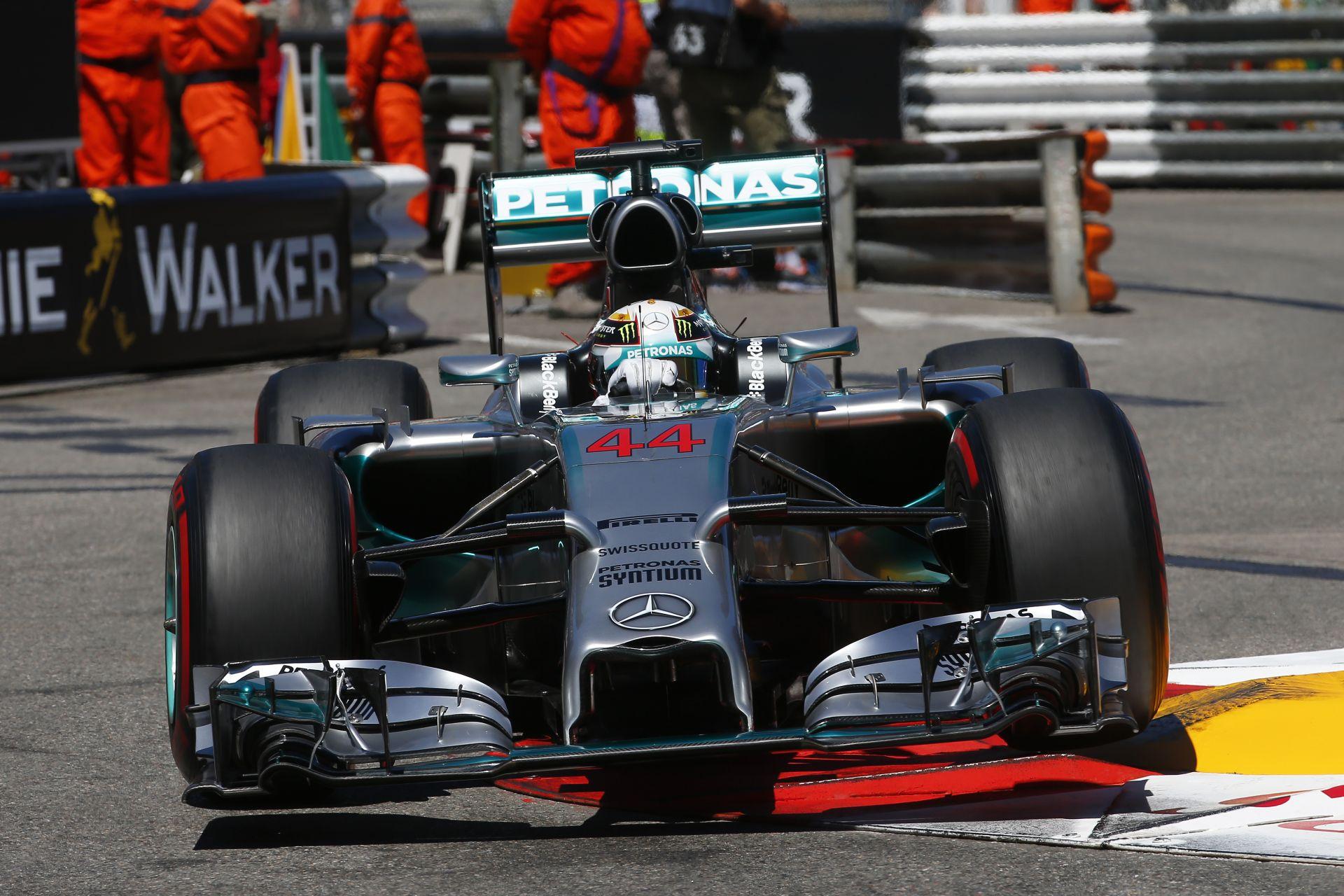 Button: Hamilton egy becsületes versenyző