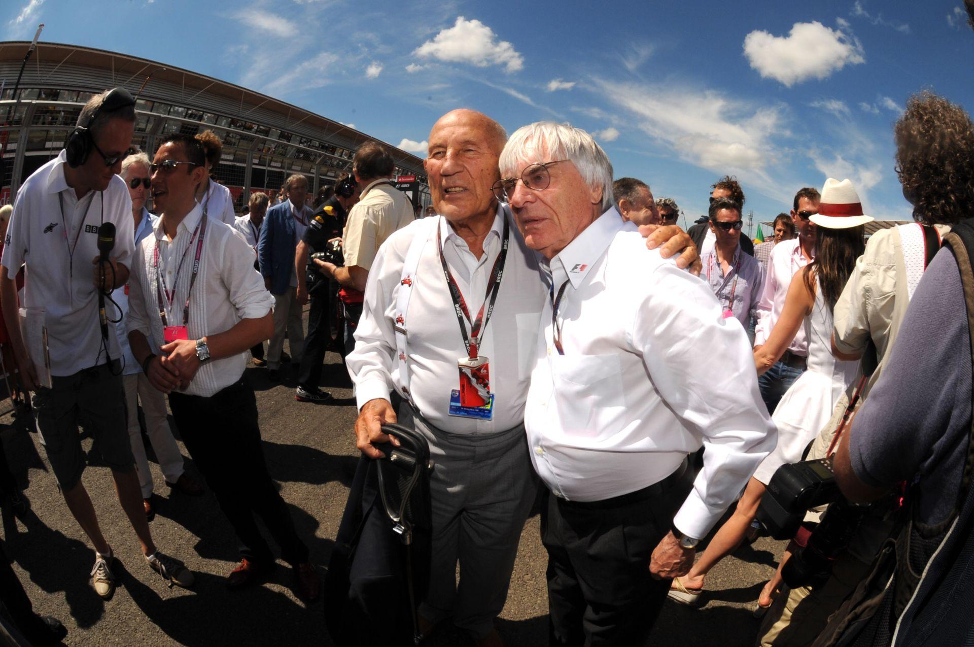 Sir Stirling Moss: Massa nem köteles elengedni a csapattársát