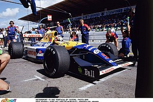 Érvek és ellenérvek az aktív felfüggesztés visszatérése mellett: sínautók az F1-ben?