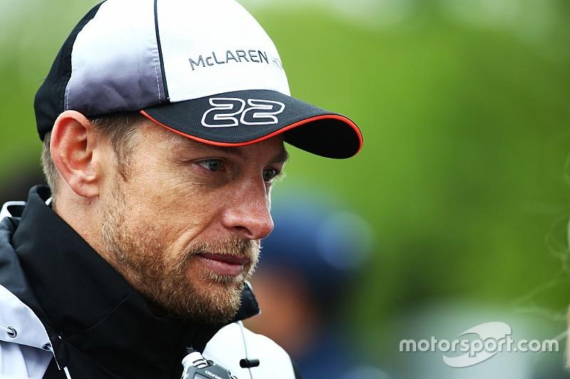 """Button dice que McLaren aún no puede ir por """"los grandes puntos"""""""