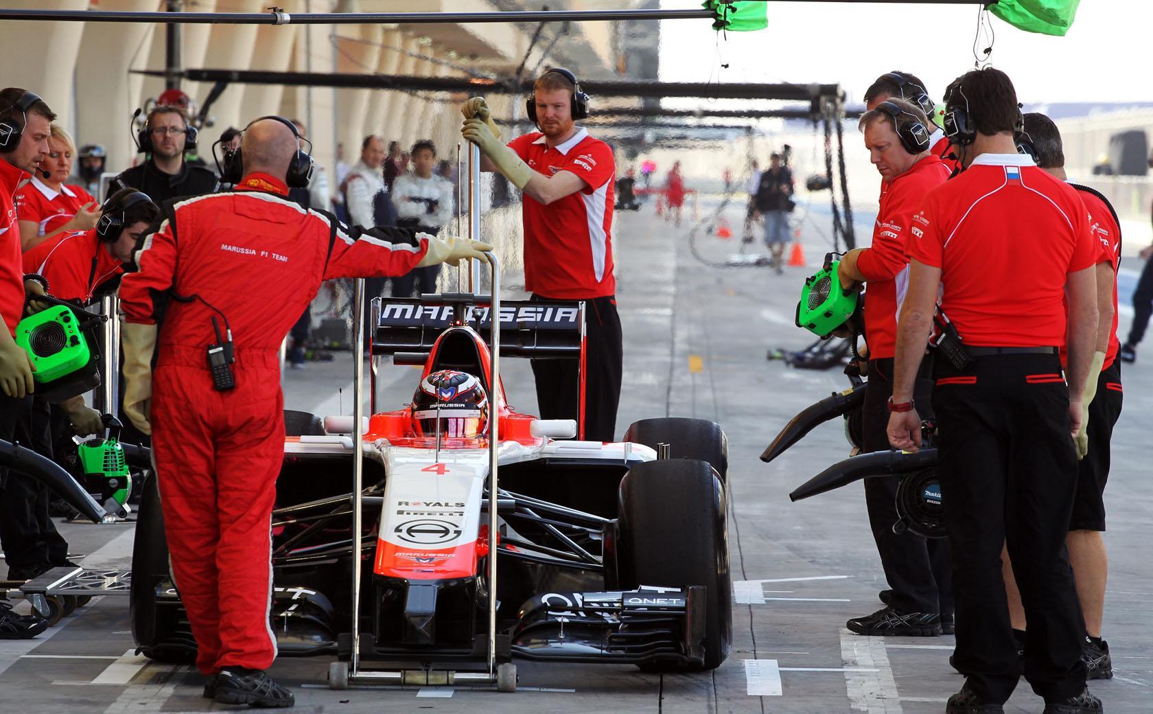 Button: Sokan meglepődnek majd a Marussia versenyképességén