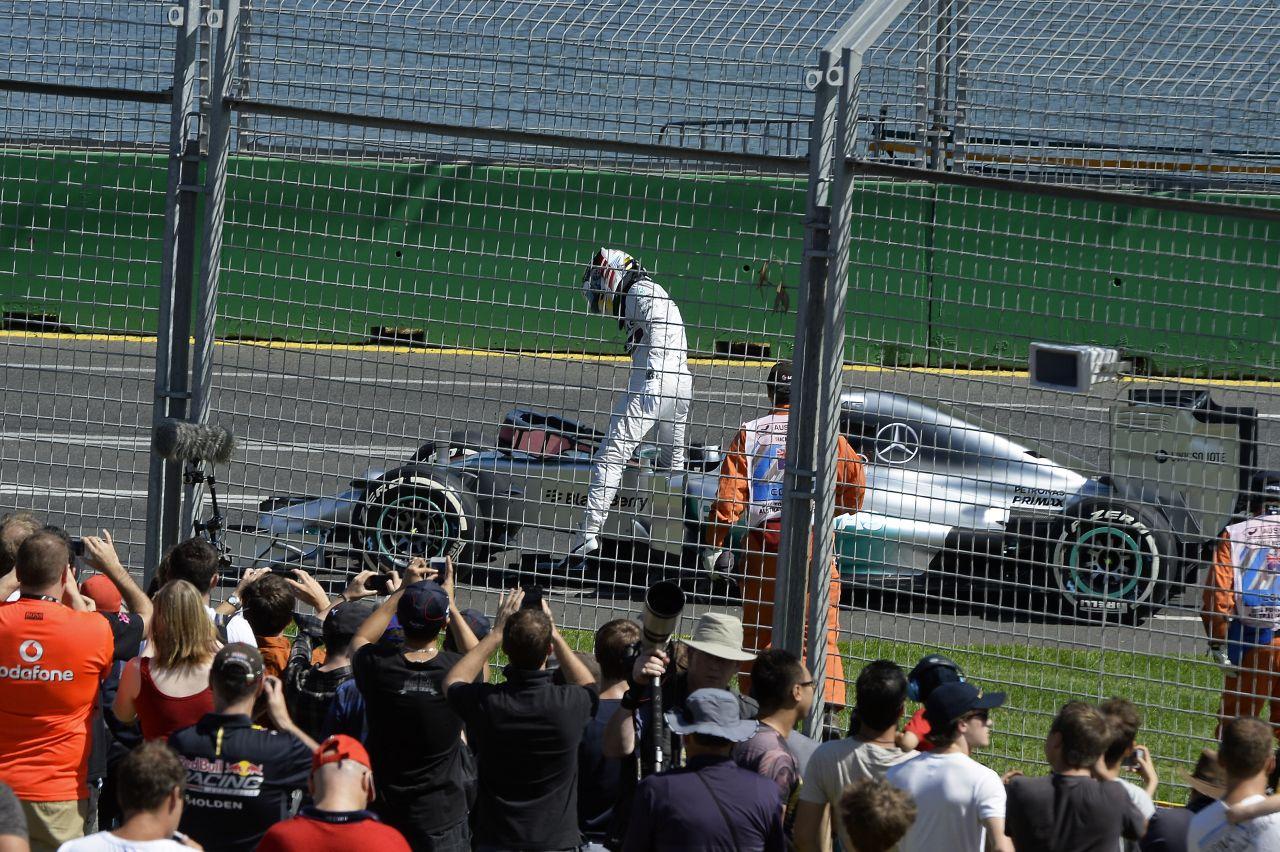 Egy kis hiba, és vége a történetnek - a körülmények diktálják a csapatutasítást a Mercedesnél
