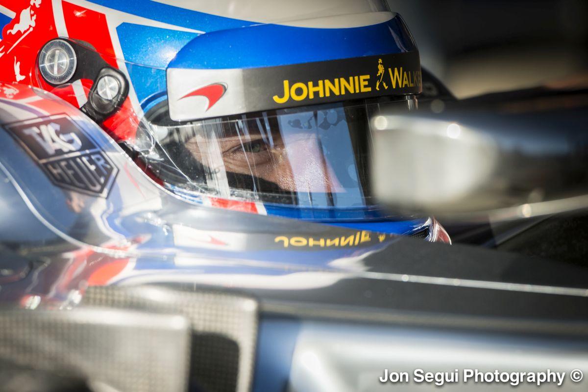 Button szerint az idei McLaren versenyképes lehet