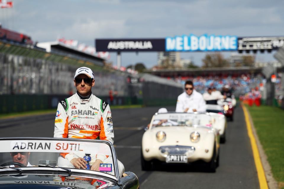 Ausztrália 2015 után is a Forma-1-ben maradna