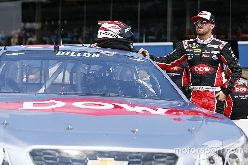 Austin Dillon lidera la práctica final en Michigan