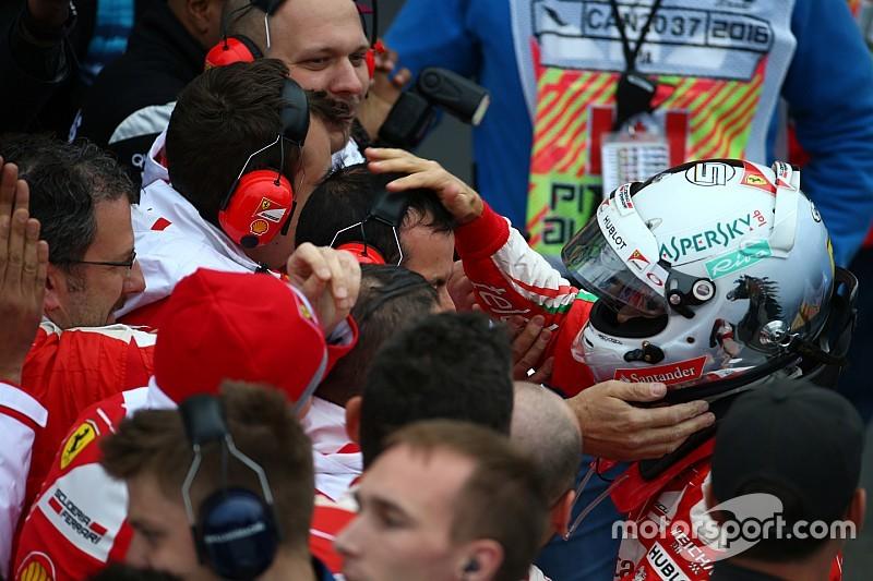 """Vettel: """"Strategia sbagliata, ma difendo la squadra"""""""