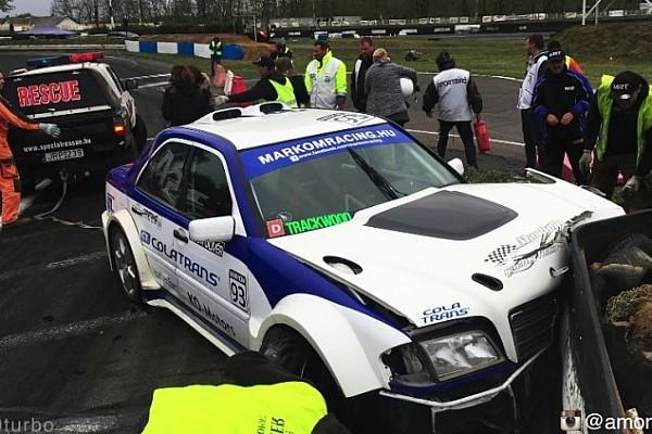 Drift BRÉKING V12-es C Merci a falban Máriapócson: nagyot kapott a driftvas