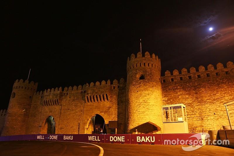 Экклстоун надеется провести ночную гонку в Баку в 2017-м