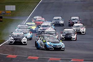 TCR Deutschland Rennbericht TCR Deutschland in Oschersleben: Josh Files siegt im zweiten Rennen