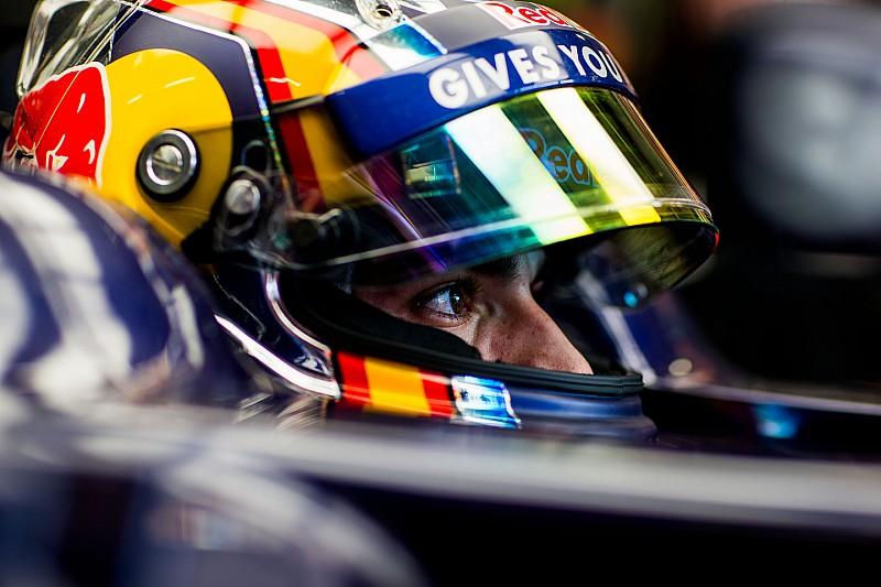 Сайнс остаётся в Toro Rosso