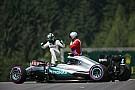 Mercedes попросила FIA переделать поребрики к гонке