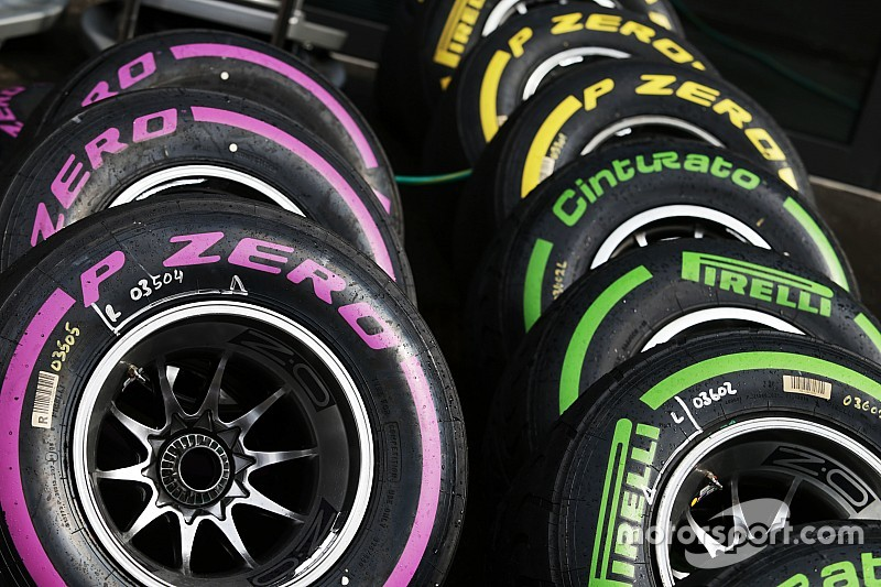 Pirelli розслідує вибух шини Себастьяна Феттеля