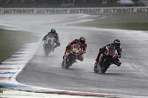 MotoGP Noticias Lorenzo entrena con una supermotard en 'casa' de Márquez