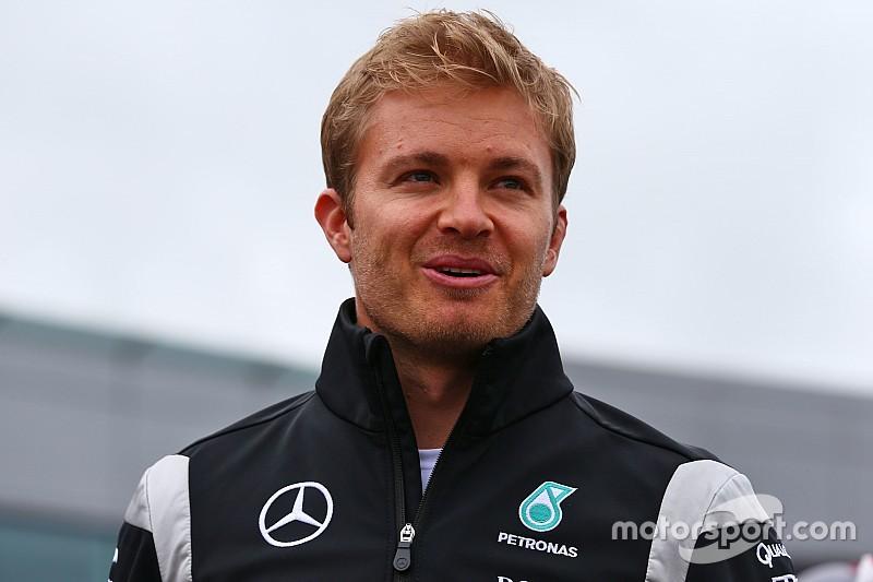 Tweede plaats Rosberg bekeken door de stewards