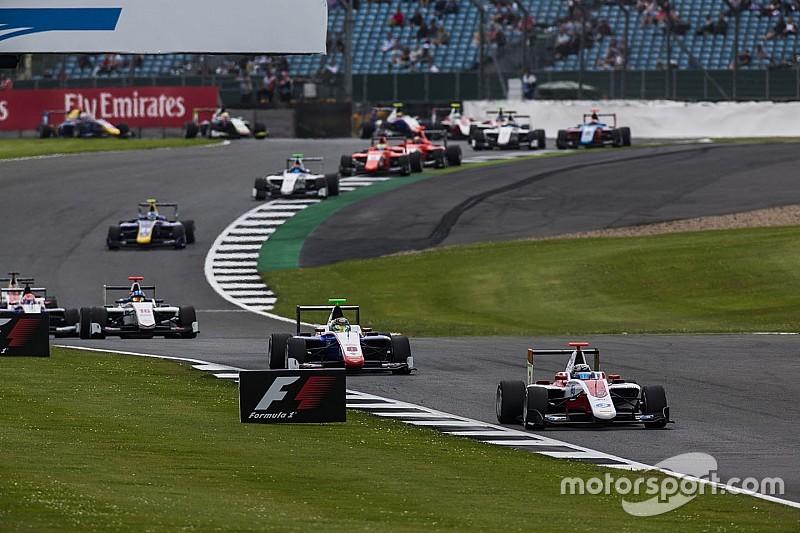 GP3 у Сільверстоуні: Альбон випередив Леклера у першій гонці