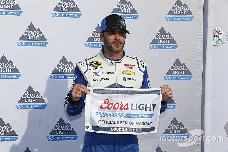 Jimmie Johnson consigue su primera pole position del año en New Hampshire