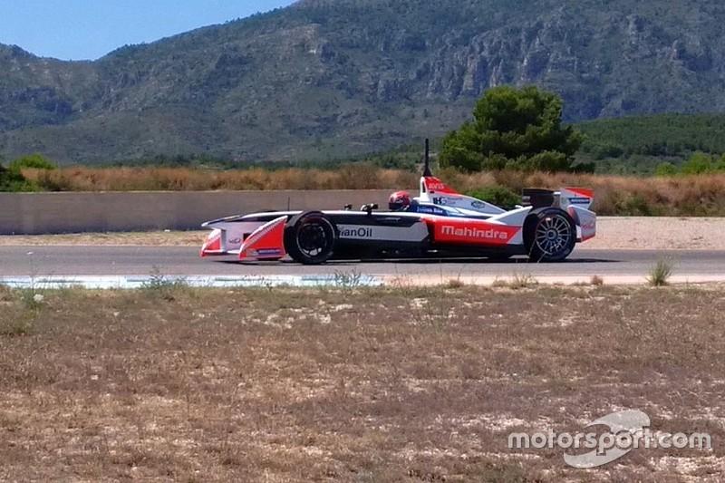 Monteiro test Mahindra Formule E-bolide op Calafat