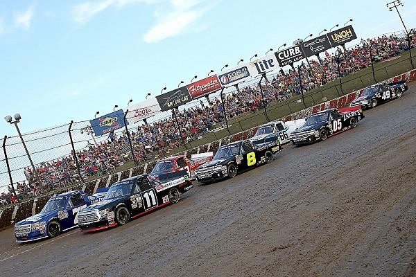 NASCAR Truck Bildergalerie: Die NASCAR-Trucks auf dem Dirt-Track von Eldora