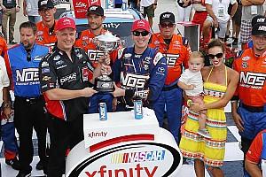 NASCAR XFINITY Crónica de Carrera Kyle Busch se luce en Indianápolis