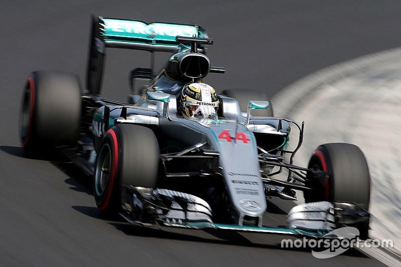 Hamilton vince e scavalca Rosberg in Ungheria. Vettel è quarto