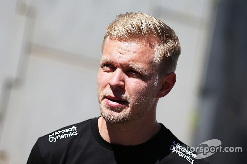 Магнуссен не собирается ожидать решения Renault