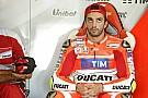 Iannone se lía a martillazos con su Porsche (vídeo)
