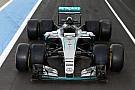 Mercedes prueba los neumáticos 2017 de Pirelli